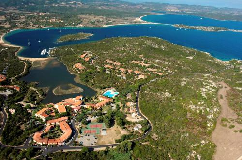 Sardinia aparthotels self catering rentals for Hotel palau sardegna