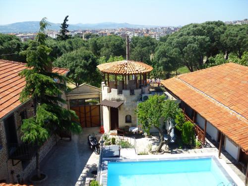 Akropolis Hotel