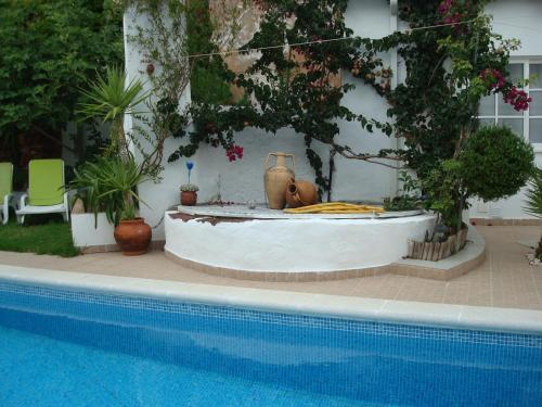 The swimming pool at or near Casa Claudia - Pool and Wifi