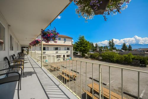 Sunnycrest Motel