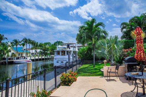 WaterFront Deluxe Villa