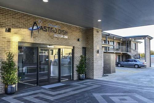 Astro Dish Motor Inn