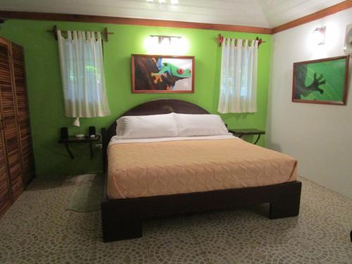 Toucan Stay Inn