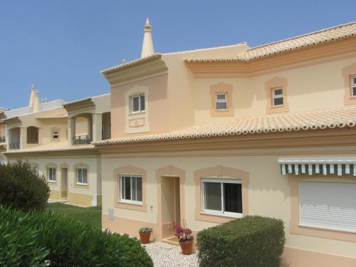 Fairviews Villa on Boavista Golf Resort
