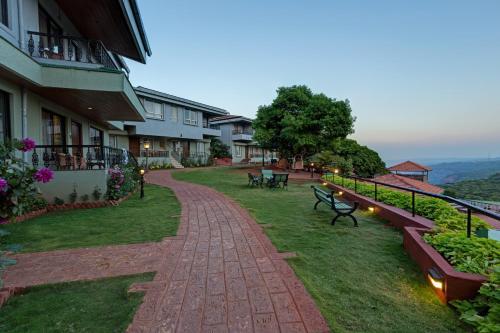 Mahabaleshwar Hotels With Pools
