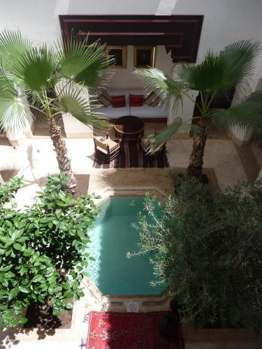 里亞德瑪塔旅館