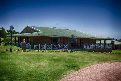 Mentors Country Estate