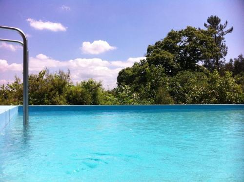A piscina em ou perto de Eira das Carvalhas