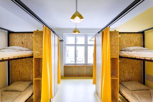 Essential Hostel