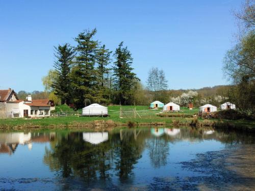 Yourtes du Moulin Bertrand