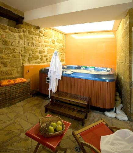 boutique hotels in briñas  22