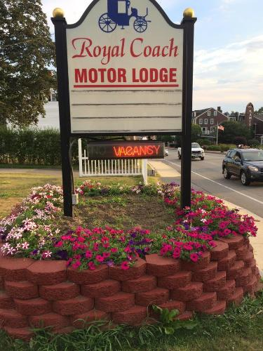 Royale Coach Motor Lodge