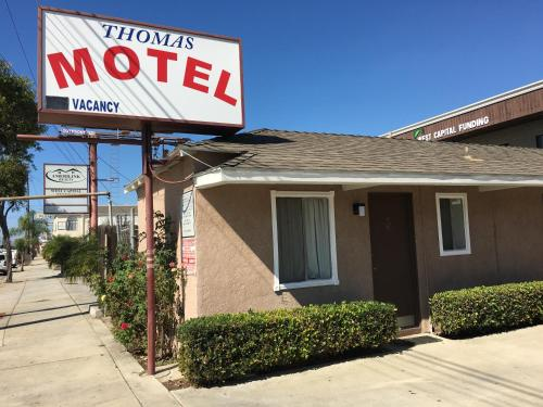 Thomas Motel
