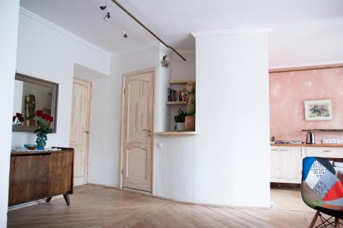 Кухня или мини-кухня в Apartment Lida Castle