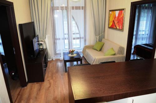 Гостиная зона в Gorki Gorod Apartment 7