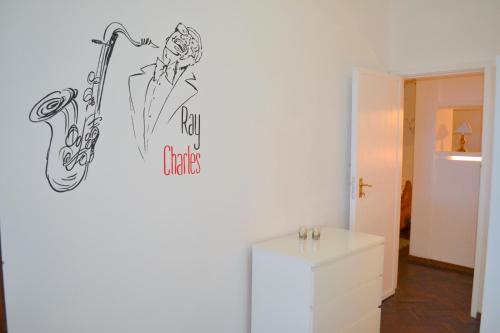 Lisbon Music Apartment