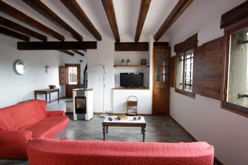A seating area at Casa Miret de Mur