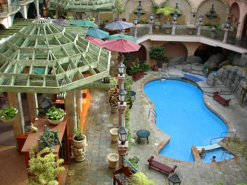 Pacific Inn Resort & Conference Center