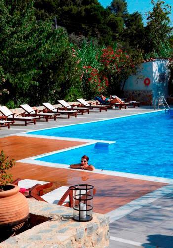 Πισίνα στο ή κοντά στο Ξενοδοχείο Αστόρια