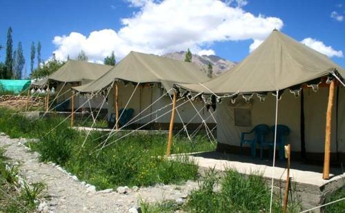 Kargil Tourist Camp