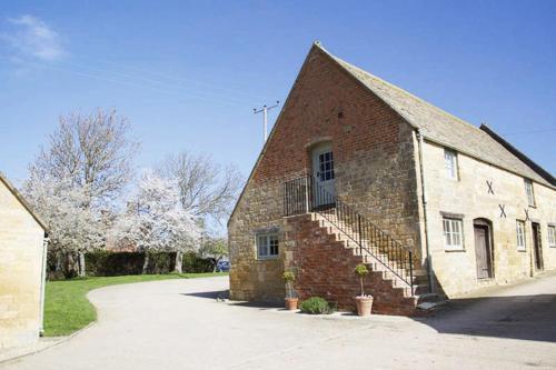 Boddingtons Barn @ Norton Grounds