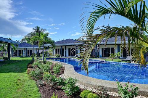 Alona Royal Palm Resort