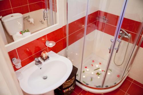 Ένα μπάνιο στο Villa Nefeli