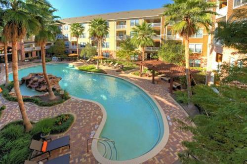 Resort Style Apt/Home-Houston