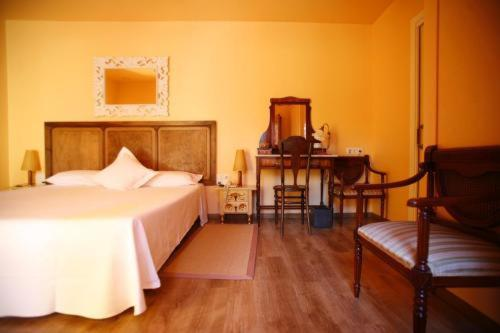 boutique hotels sant julia de vilatorta  36