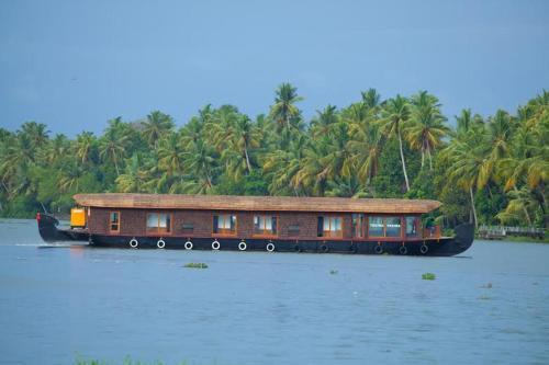 Kerala Travel Hub