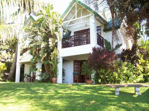 St Lucia Eco-Lodge
