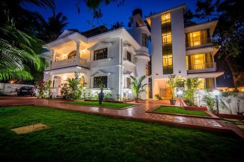 Pinnacle Holiday Homes
