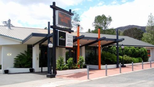 West Coaster Motel