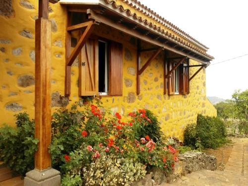 Country House Moya