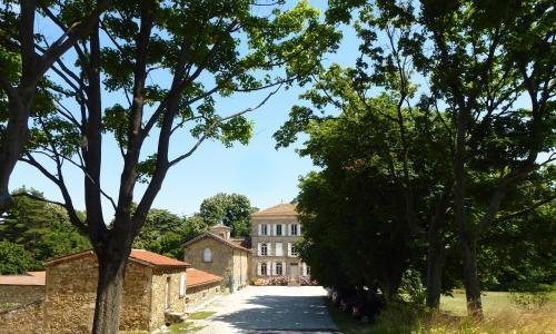 Chateau Chavagnac Gites