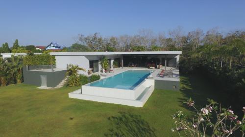 Villa Mangusta