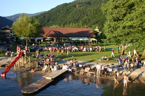 Schwimmbad Camping Mössler