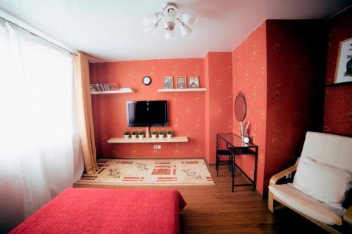 Телевизор и/или развлекательный центр в Krasnoarmeiskaya, 86B