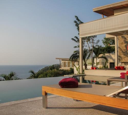 Bay Villa Sunset