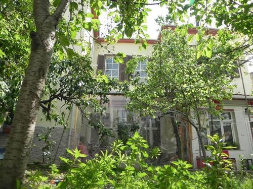 Lotus Garden Hostel Izmir