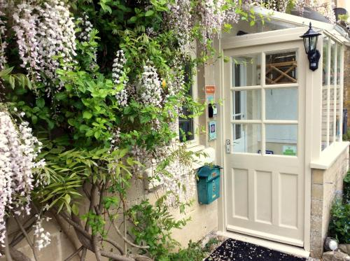 Brooks View Cottage Luxury Cottage