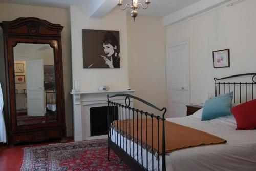 Penthouse Apartment overlooking Place Carnot