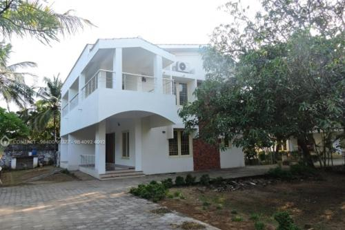 StayPleasure- Sri Gardens