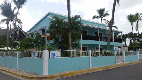 Boxy Villa Apart-Hotel