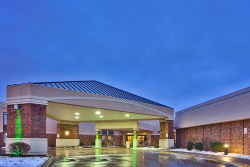 Lexington Hotel – Rochester Airport