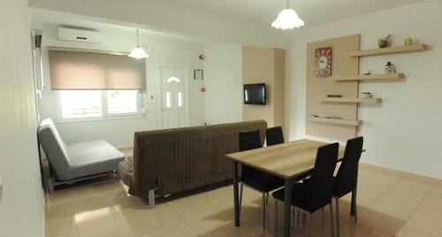 Panagiota Apartments