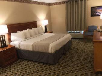 Days Inn & Suites Sellersburg