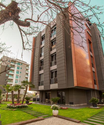 BMK Suites Apartments