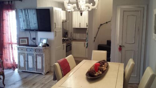 Cucina o angolo cottura di Appartamento sul Terminillo