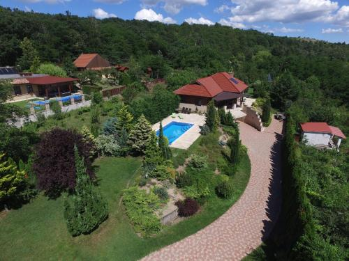 Villa Forest Fót